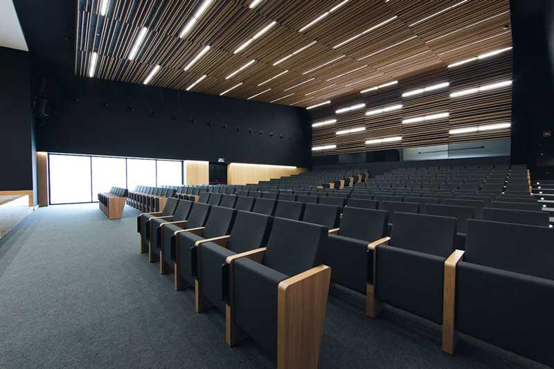 Amphithéâtre & Salle de conférence